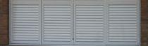 Contraventanas abatibles / de aluminio / para ventanas / con celosía