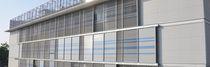Celosía con lamas de aluminio / para fachada / orientable