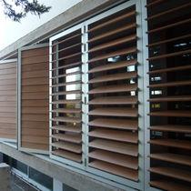Celosía con lamas de aluminio / de madera / de material compuesto / de PVC