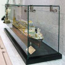 Vitrina moderna / en encimera / de vidrio / profesional