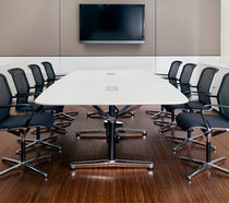 Mesa de conferencia moderna / de madera / de material laminado / rectangular