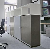 Armario de oficina bajo / alto / laminado / con puerta abatible