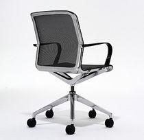 Silla de oficina moderna / con reposabrazos / tapizada / con ruedas