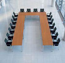 Mesa de conferencia moderna / de metal / rectangular / cuadrada