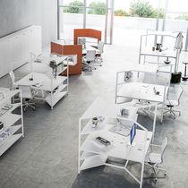 Mesa de trabajo moderna / de material laminado / cuadrada / profesional