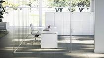Separador para oficina para suelo / de vidrio / de aluminio