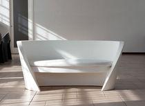 Sofá moderno / para jardín / de polietileno / para edificio público