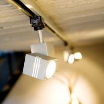 Iluminaciones sobre riel halógenas / cuadradas / de aluminio / para uso profesional