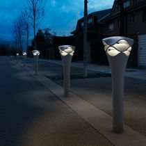 Bolardo de iluminación para espacio público / moderno / de plástico / LED