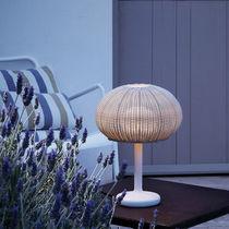 Lámpara de mesa / moderna / de polietileno / de exterior