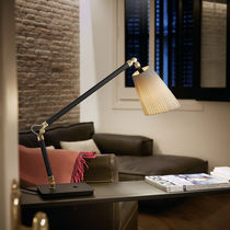 Lámpara de mesa / moderna / de algodón / de metal cromado