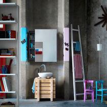 Mueble de pared para cuarto de baño con espejo