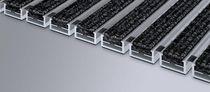 Alfombra de entrada de aluminio / con perfil / antisuciedad / para edificio comercial