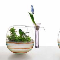 Florero de diseño original / de vidrio soplado
