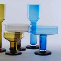 Florero moderno / de vidrio soplado / de madera