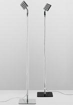 Lámpara de pie / moderna / de vidrio / de aluminio