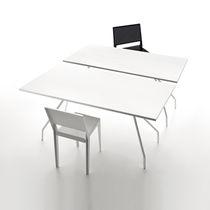Mesa moderna / de fresno / de metal pintado / rectangular
