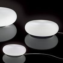 Lámpara de suelo / moderna / de vidrio / de metal