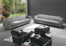 Sofá moderno / de terciopelo / 2 plazas / con revestimiento removible