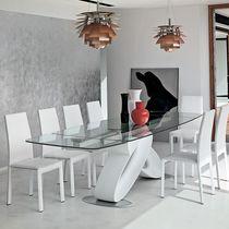 Mesa de comedor / moderna / de vidrio / de poliuretano