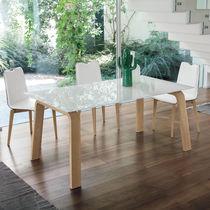 Mesa de comedor moderna / de MDF / de vidrio templado / de metal pintado