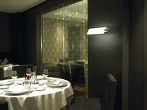 Aplique moderno / de vidrio / de latón / LED