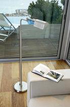 Lámpara de pie / moderna / de latón / de acero