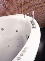 Bañera de esquina / de fibra acrílica