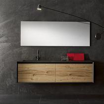 Mueble de lavabo suspendido / de roble / de madera maciza / de nogal