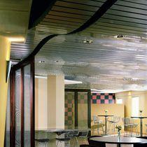 Falso techo de aluminio / tipo panel / de efecto madera
