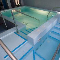 Pasamano de metal / para piscina