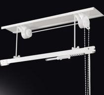 Riel para cortina accionado mediante cadena / para cortinas fruncidas / para uso profesional / para uso doméstico