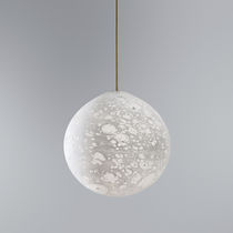 Lámpara suspendida / de diseño original / de vidrio soplado / fluorescente