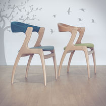 Silla moderna / de madera / contract