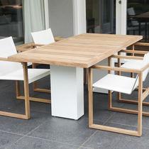 Mesa de comedor moderna / de teca / de metal pulido / de acero inoxidable cepillado