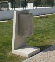 Cubo de basura público / de acero inoxidable / de hormigón / moderno