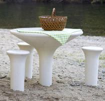 Mesa de pícnic moderna / de hormigón / redonda / para espacio público