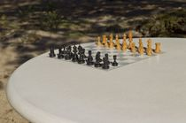 Mesa de ajedrez moderna / de exteriores / para espacio público