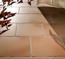 Baldosa de suelo / de terracota / pulida / color liso