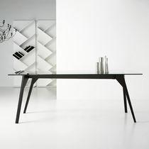 Mesa de comedor moderna / de madera maciza / de cristal / rectangular