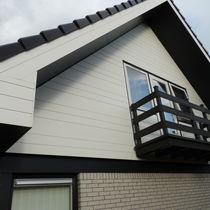 Revestimiento de fachada de material compuesto / lacado / ranurado / liso