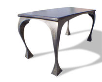 Mesa de diseño original / de madera tintada / de metal patinado / rectangular