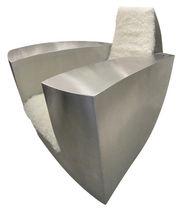 Sillón de diseño original / con reposabrazos / a medida / de acero inoxidable