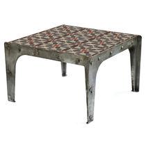 Mesa de centro / de estilo industrial / de cemento / de metal patinado