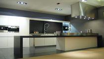 Campana extractora de isla / mural / con iluminación integrada / de diseño original