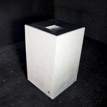 Cubo de basura público / de acero galvanizado / de hormigón / de mármol