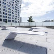 Banco público / de diseño minimalista / de hormigón de alto rendimiento / para uso profesional