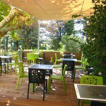 Jardinera de fibrocemento / rectangular / moderna / para espacio público