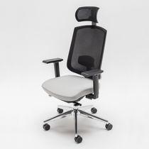 Sillón de oficina moderno / de tejido / con ruedas / con reposabrazos