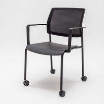 Silla de conferencia con reposabrazos / tapizada / con ruedas / de tejido